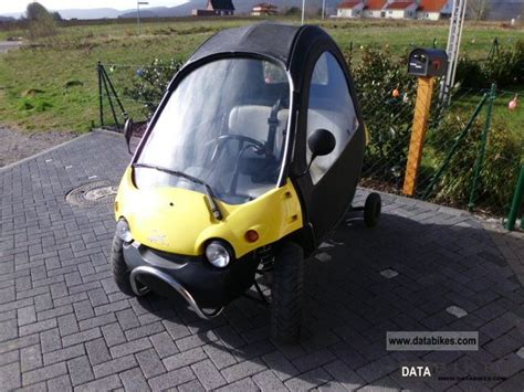 2000 italjet secma tech cabin scooter