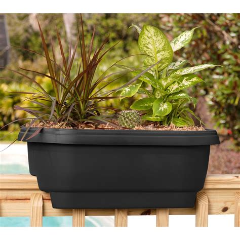 bloem deck 24 in balcony rail planter in black dr2400
