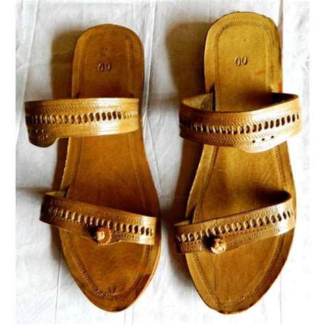 bathroom chappals online kolhapuri chappal for men model b010 mkolh56484671970