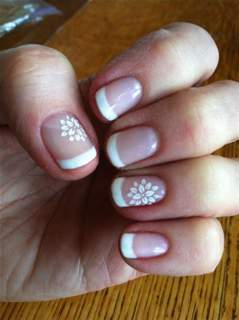 Fingernail Painting Ideas by Flower Fingernail Painting White Downloadfrench Manicure