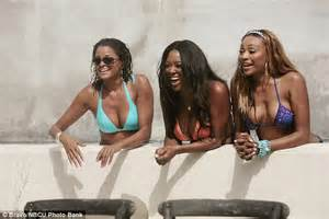 girl calm down claudia jordan comes for phaedra parks nene real housewives claudia jordan rips into nene leakes on