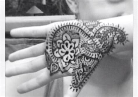 how to make henna tattoo paste 271 best temporary tattoos images on