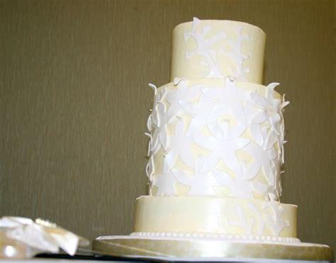 wedding cakes charleston sc 1326989486901 dc201171 charleston wedding cake