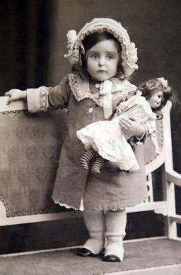 vintage children ~ little girl w/doll   old vintage photo