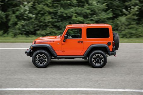 new jeep wrangler 2016 jeep wrangler gets new packages refined looks for 2016