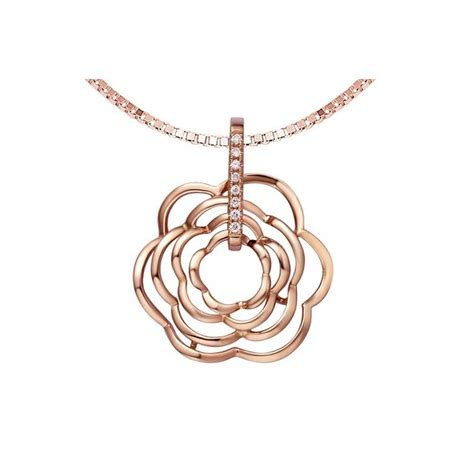 luxurious and unique pendant on 18k gold