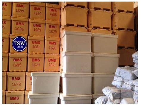 Freezer Box Ikan jual cooler box dengan slot untuk forklift harga murah