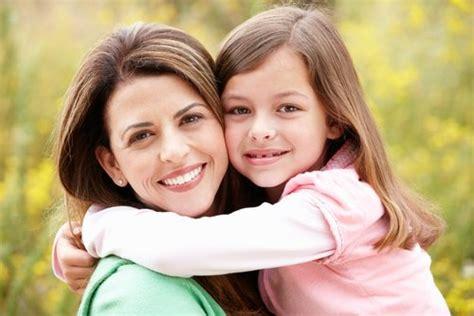 la relacion madre hija 8497779223 v 237 nculos que da 241 an y sanan entre madre e hija