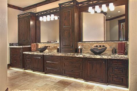 Working For Huntwood Custom Cabinetry