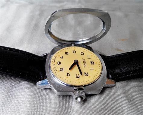 Jam Tangan Lama vintage jam dulu jam antik jam lama sparepart jam
