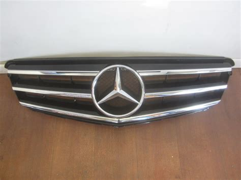 Parts Mercedes by Mercedes Grille Grill 2048800023 Used Auto Parts