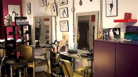 salon de coiffure retro
