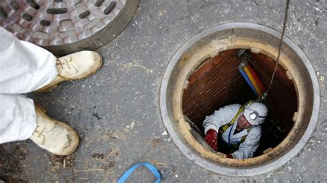 sewer gas smell in house what are the dangers of breathing sewer gas reference com