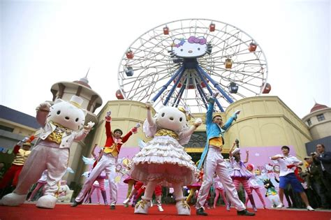 hello kitty theme park 10 reasons why the chinese hello kitty theme park has