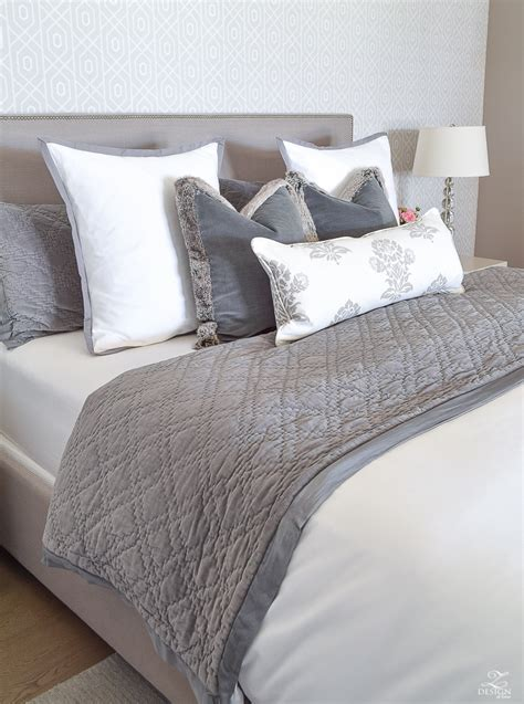 how to place throw pillows on a bed 6 easy steps for making a beautiful bed zdesign at home