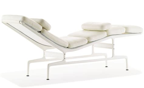chaise herman miller occasion eames 174 chaise hivemodern