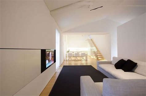 Minimalist Loft With White Finished Walls In Como Italy | minimalist loft with white finished walls in como italy