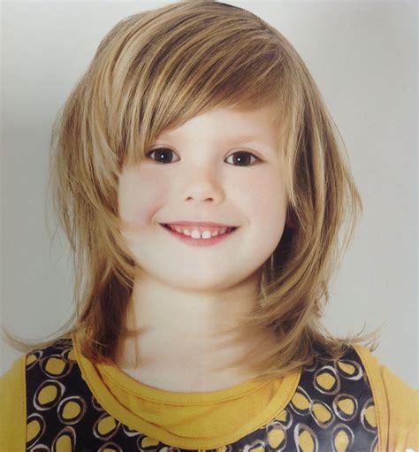 korte kinderkapsels opgeknipt meisjes kapsel kinderkapsels