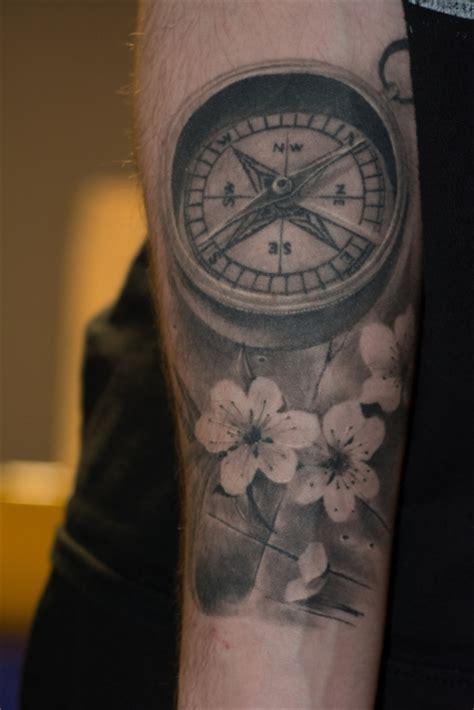 compass tattoo kosten tattoos zum stichwort kirschbl 252 ten tattoo bewertung de