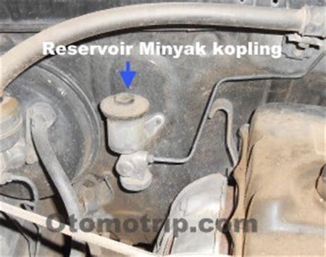 Master Rem Mobil Kijang Lgx kijang lgx diesel kopling tidak berfungsi dan gigi tidak bisa masuk otomotrip