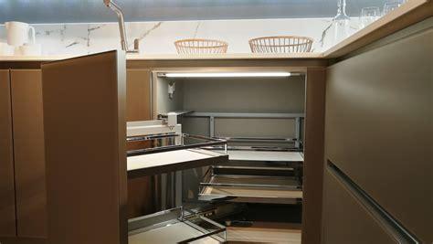 offerta veneta cucine offerte veneta cucine ri flex vetro showroom