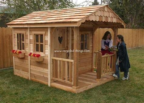 playhouse design wooden pallet kids playhouse plans recycled things