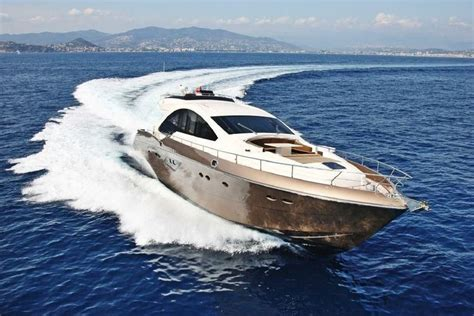 boat rental france rent a queens 80 80 motorboat in nice fr on sailo