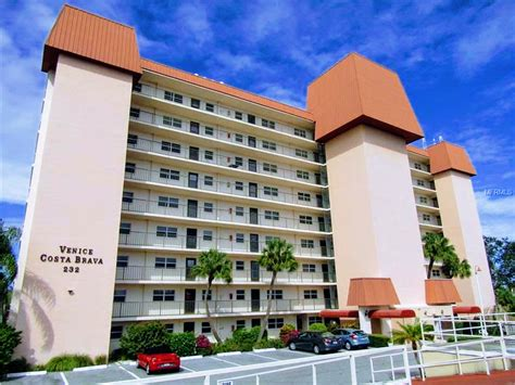 horse and chaise venice fl costa brava annual condo for rent on the island of venice