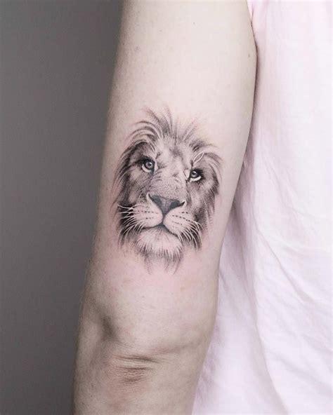 small lion head tattoo amazing tattoos on back the 2018