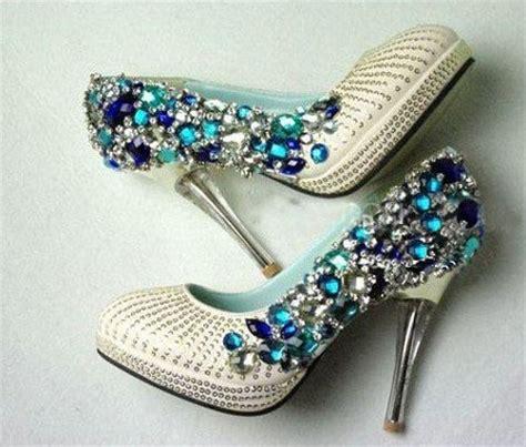 decorar zapatos con perlas consejos para adornar los zapatos de novias