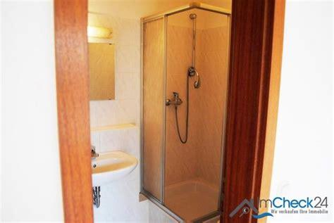 badezimmer innenliegend ideen das innenliegende badezimmer verf 252 gt 252 ber dusche und