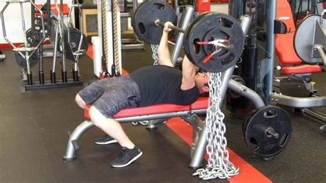 chain bench press best equipment to help your bench press