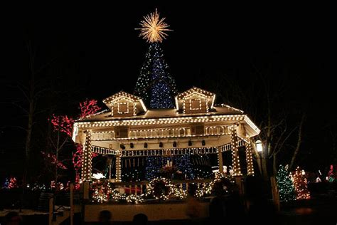 10 best christmas light displays in the us