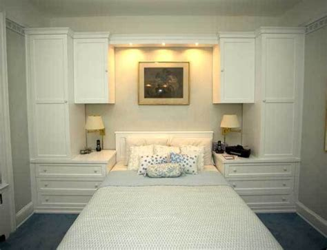 custom wall units for bedrooms 25 best ideas about bedroom cabinets on pinterest