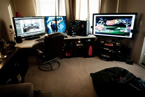 my gaming room 239 best images about computer battlestations and cases on
