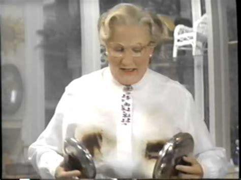 Watch Mrs Doubtfire 1993 Mrs Doubtfire 1993 Teaser Vhs Capture Youtube
