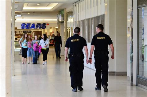 mall security guards www imgkid the image kid has it