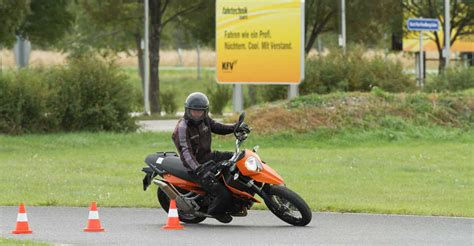 Kurventechnik Motorrad by Motorrad Warm Up Fahrtechnik