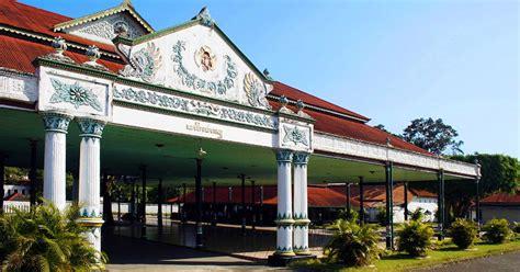 nama keraton istana raja di indonesia negeri pesona keraton jogjakarta yang eksotis destinasi wisata domestik