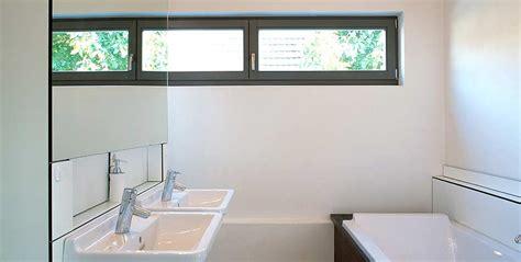 fenster beläge für badezimmer idee badezimmer schmal