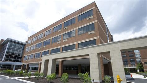 Lehigh County Court Records Lehigh Valley Hospital Stabbed In Neck By Attacker