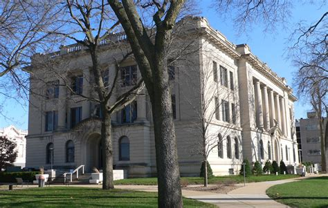 Tazewell County Court Records File Tazewell County Illinois Courthouse From W 1 Jpg Wikimedia Commons