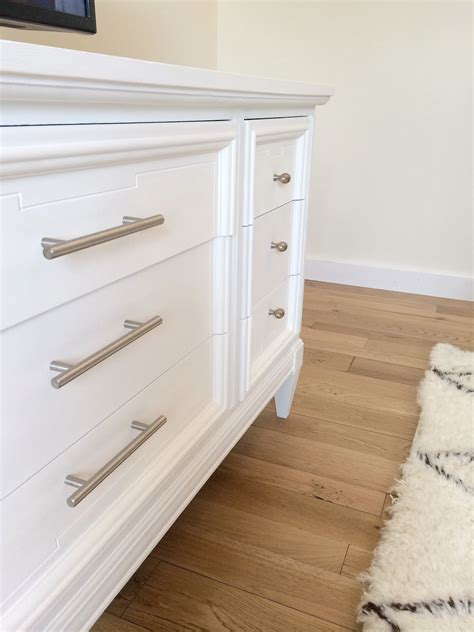 white chalk paint diy livelovediy how to paint furniture with chalk paint and