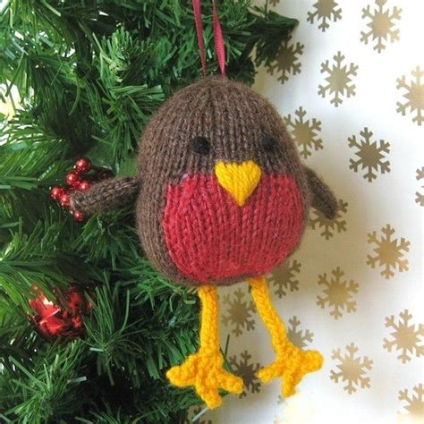 free knitting pattern christmas robin 1000 images about knitted birds on pinterest easter