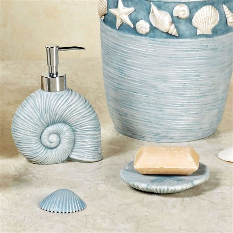 seashell decor for bathroom cute seashell bathroom d 233 cor office and bedroom