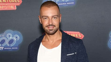 joey lawrence tv news roundup joey lawrence to guest star on hawaii