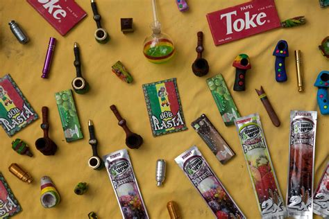 imagenes perronas de mota 20 razones para legalizar la mariguana
