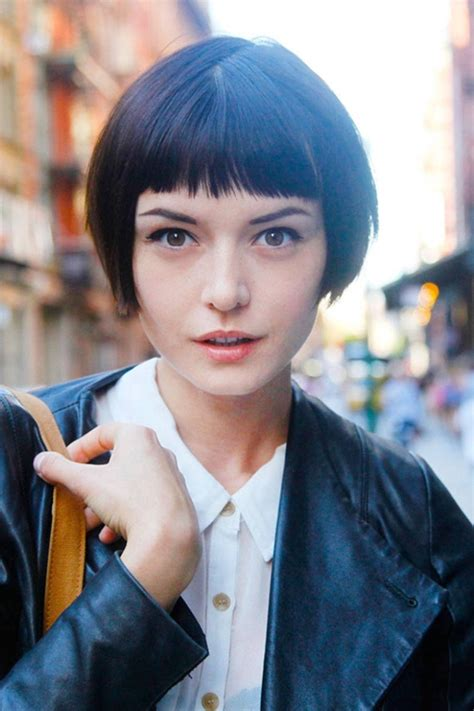 French Bob Haircut: How to Look Like a Parisian Girl   Cinefog