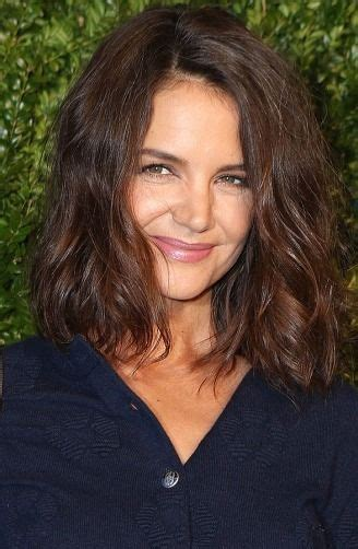 katie holmes revisits her lob tamra judge chopped off six inches after her facelift