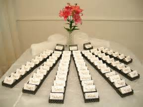 wedding gift decoration ideas 25 inetresting thank you wedding gift for the guests godfather style